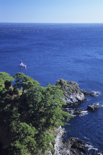 蒼き海と船、Aoki sea and shipの写真素材 [FYI00480460]