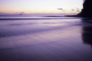 黎明の渚、Dawn of Nagisaの写真素材 [FYI00480595]