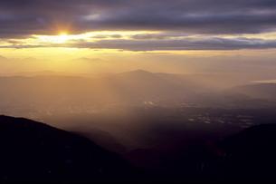 光と大地と空の写真素材 [FYI00480621]