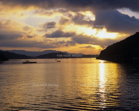 夜明けの浜名湖の素材 [FYI00480734]