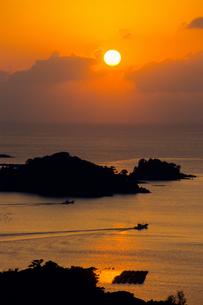 九十九島・落日の島影の素材 [FYI00480910]
