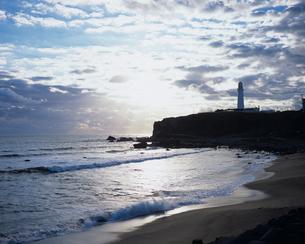 岬と灯台・犬吠埼の写真素材 [FYI00480912]