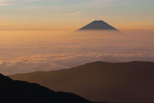 富士山と雲海の写真素材 [FYI00481171]