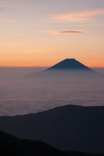 富士山と雲海の写真素材 [FYI00481172]