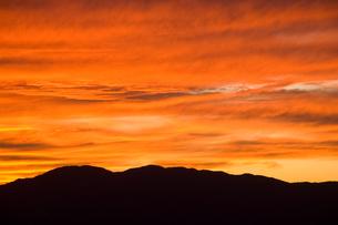 閑乗寺公園展望台から望む夕焼けの写真素材 [FYI00481319]