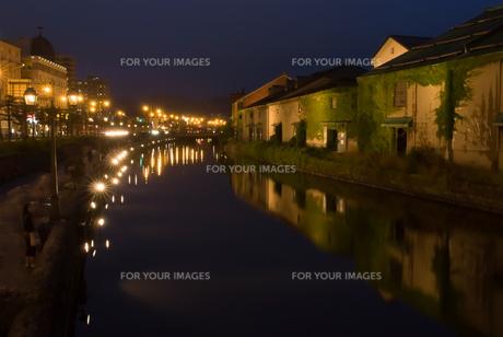 小樽市運河の夜景の素材 [FYI00481867]