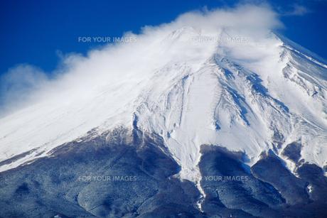 雪煙と富士山の素材 [FYI00481909]