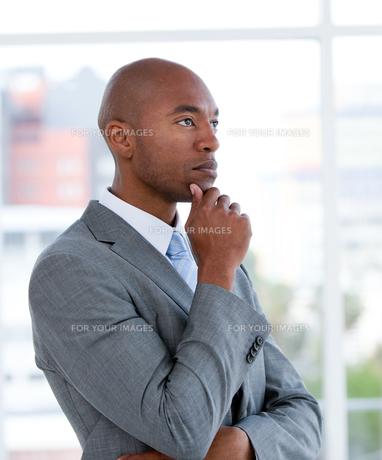 Portrait of an charismatic businessmanの写真素材 [FYI00482292]