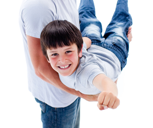 Cute little boy carried by his fatherの写真素材 [FYI00482448]