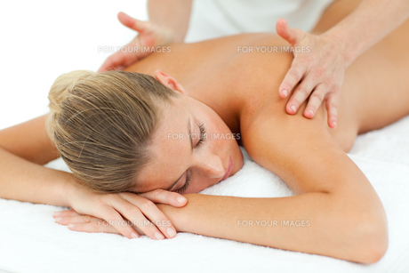 Positive woman enjoying a massageの写真素材 [FYI00482549]