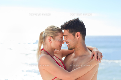 Lovely woman with her boyfriendの写真素材 [FYI00484123]