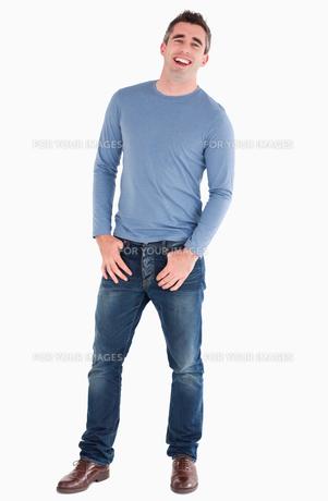 Laughing man posingの写真素材 [FYI00484662]