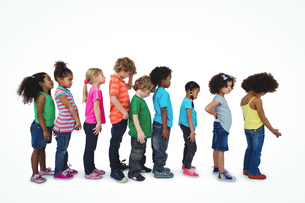 Group of kids standing in a lineの素材 [FYI00486321]