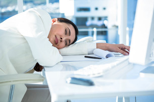 Business woman fast asleepの写真素材 [FYI00486456]