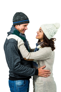 Festive couple in winter clothesの写真素材 [FYI00486512]