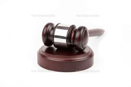 Hammer and gavelの写真素材 [FYI00486656]