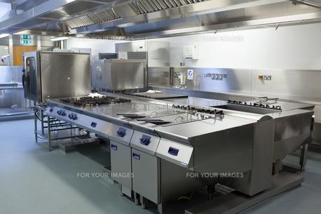 Picture of restaurant kitchenの写真素材 [FYI00486822]