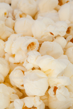 Many blurred pop cornの写真素材 [FYI00487044]