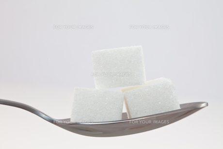 Spoon with sugarの素材 [FYI00487072]