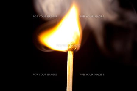 Match set on fireの写真素材 [FYI00487086]