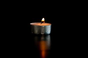 Tea candleの写真素材 [FYI00487184]