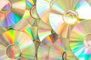 Compact discs piled upの写真素材 [FYI00487198]