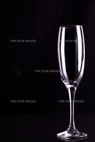 Empty champagne fluteの写真素材 [FYI00487290]