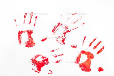 Four red handprintsの素材 [FYI00487344]