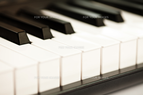 Keys of a pianoの素材 [FYI00487401]