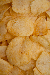 Chips laid out togetherの写真素材 [FYI00487423]