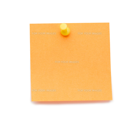 Orange postit with drawing pinの素材 [FYI00487636]