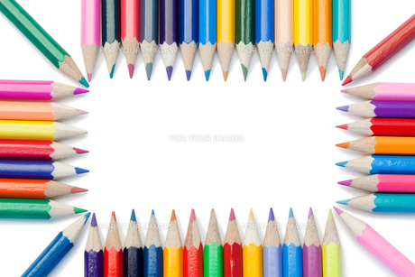 Color pencils forming a rectangleの素材 [FYI00487717]