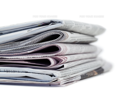 A pile of newspapersの素材 [FYI00487727]