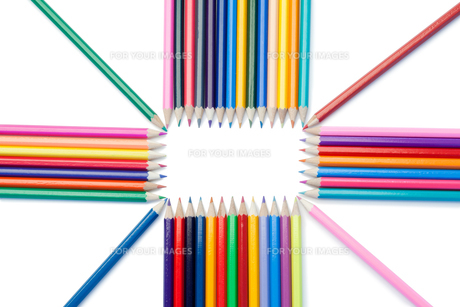 Top view of color pencils shapeの素材 [FYI00487739]