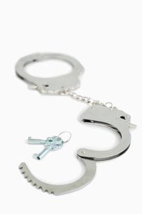 Handcuffs and keysの素材 [FYI00487765]