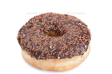 Chocolate donut isolatedの写真素材 [FYI00487782]