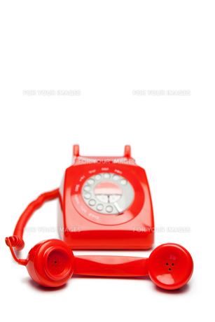 Oldfashioned red telephoneの素材 [FYI00487789]