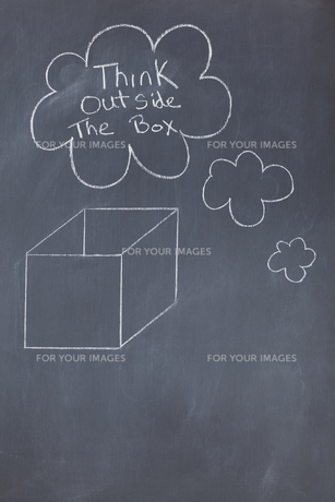 Close up of a blackboard with a box drawn on itの写真素材 [FYI00487832]