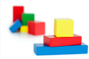 Colored toy building blocksの素材 [FYI00487961]