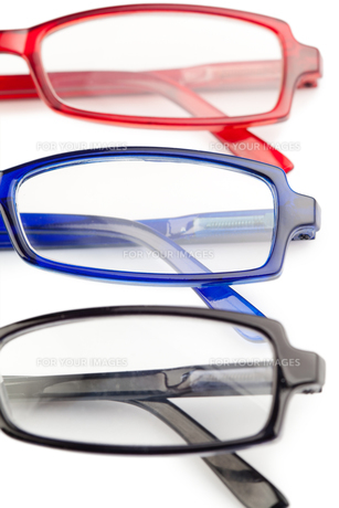 Spectacles with blue frames black frames and red framesの写真素材 [FYI00487967]