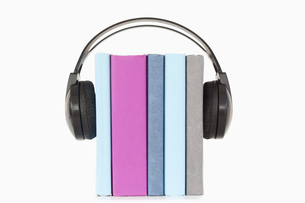 Close up of books and headphonesの写真素材 [FYI00488014]