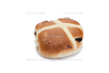 Hot cross bun isolatedの写真素材 [FYI00488017]