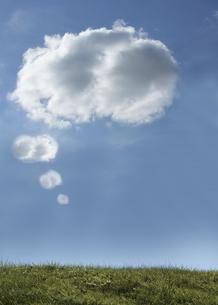 Cloud revealing bubbleの写真素材 [FYI00488349]