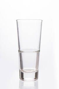 Empty big glassの写真素材 [FYI00488405]