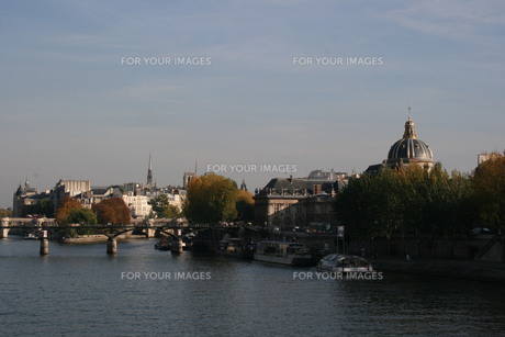 River Seine in Parisの写真素材 [FYI00488443]