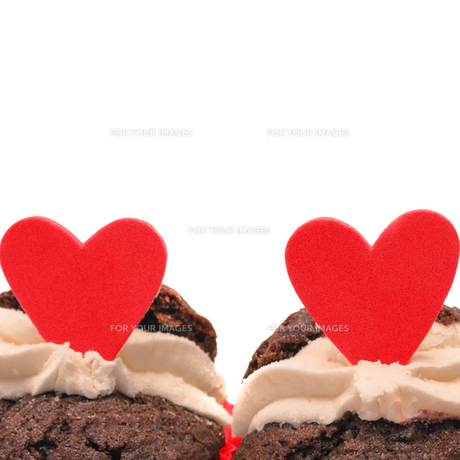 Close up of chocolate valentines cupcakesの素材 [FYI00488537]