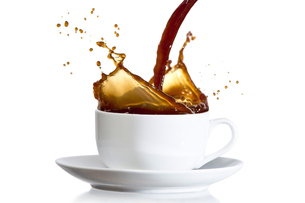 Coffee pouring into cupの写真素材 [FYI00488660]