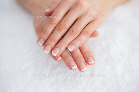 French manicured fingers at spa centerの写真素材 [FYI00488749]