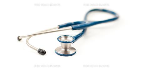 Stethoscope isolated on whiteの写真素材 [FYI00488823]