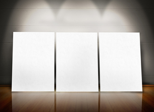 Three posters standing in lineの写真素材 [FYI00488926]